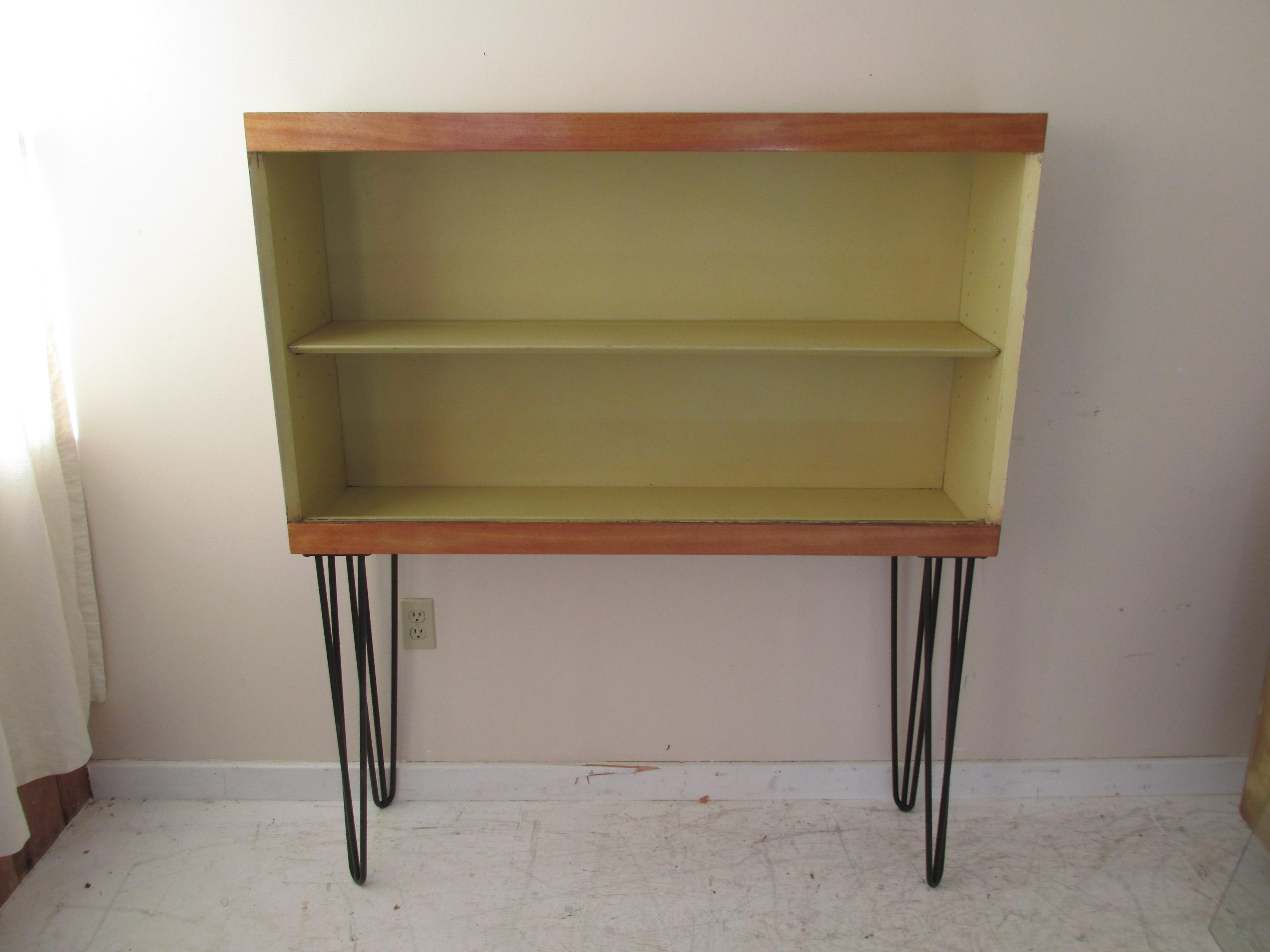 Vintage Winchendon Furniture Co. Modernist Hairpin Legged Hutch   Image 2  Of 9