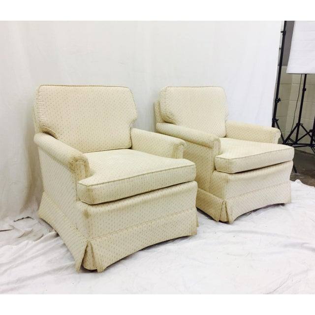 Vintage Henredon Club Chairs - a Pair - Image 2 of 6