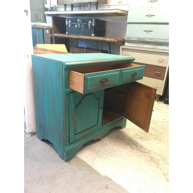 Bassett Distressed Turquoise Sideboard - Image 4 of 4