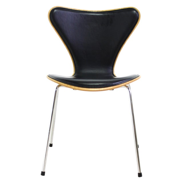 Arne Jacobsen Series 7 Chair Black - 16 Avail. - Image 1 of 7
