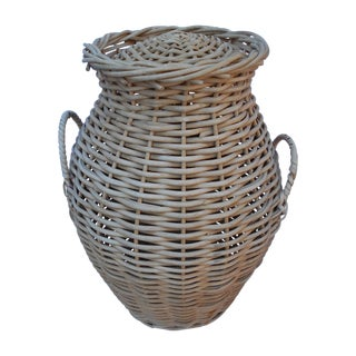 Handled Lidded Basket