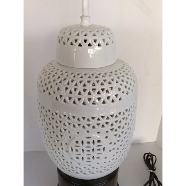 Vintage White Ceramic & Wood Lamps - A Pair - Image 7 of 7