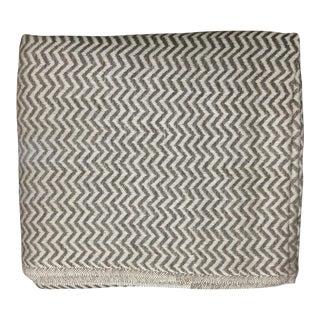 Zig-Zag Patterned Cashmere Blend Blanket