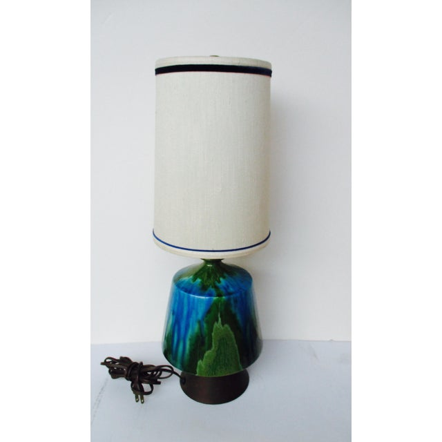 Mid-Century Modern Turquoise Ceramic Table Lamp - Image 9 of 11