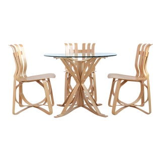 Frank Gehry Dining Table and Chairs by Knoll