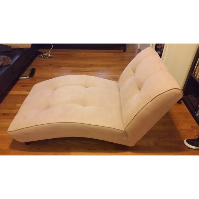 Image of EQ3 Crush Velvet Chaise Lounge