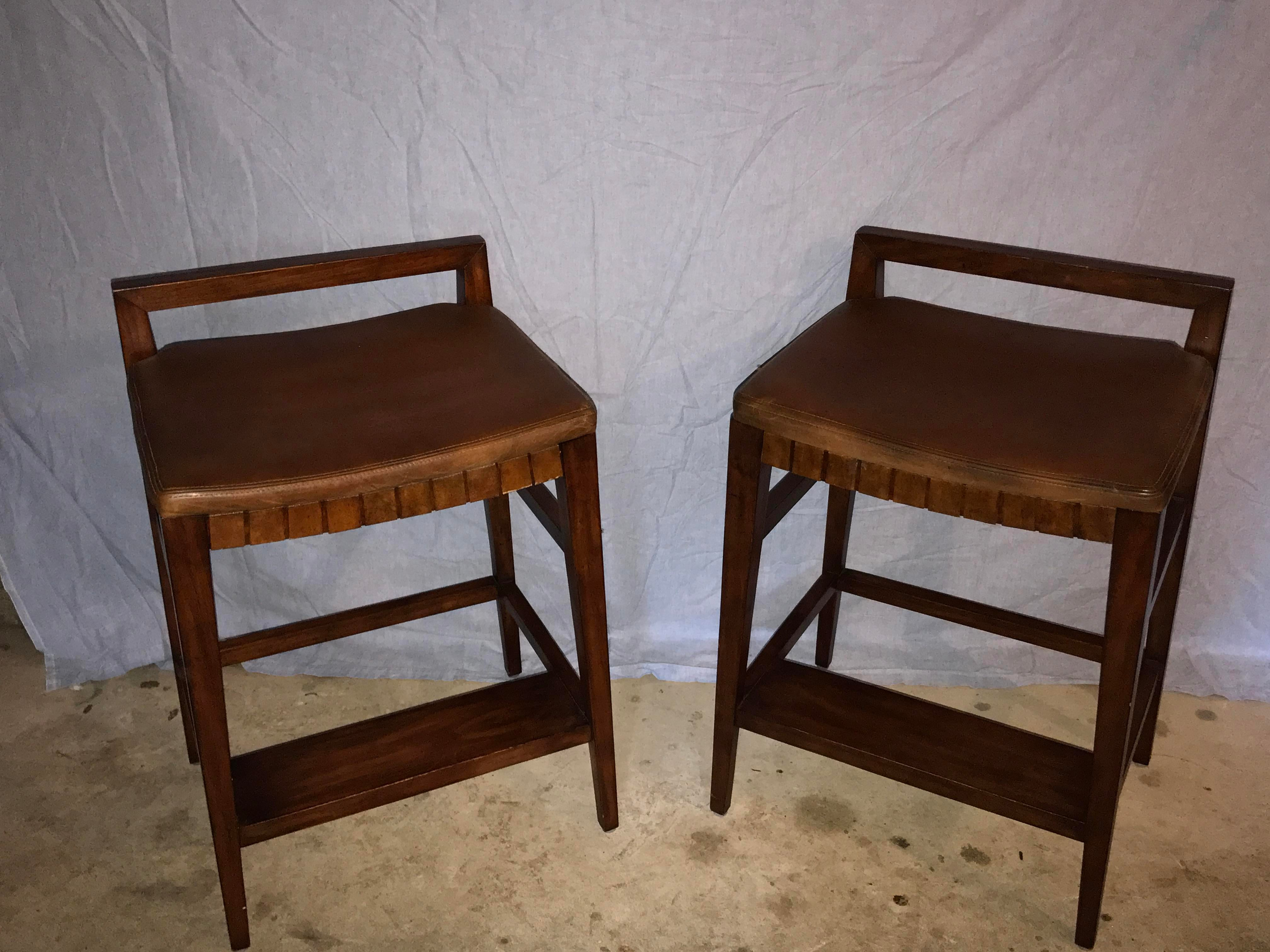 Henredon Mission Cherry Wood and Leather Bar Stools - A Pair - Image 2 of 11  sc 1 st  Chairish & Henredon Mission Cherry Wood and Leather Bar Stools - A Pair ... islam-shia.org