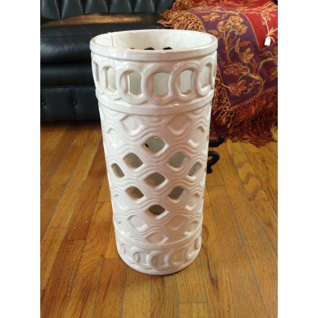 White Ceramic Umbrella Stand - Image 9 of 11