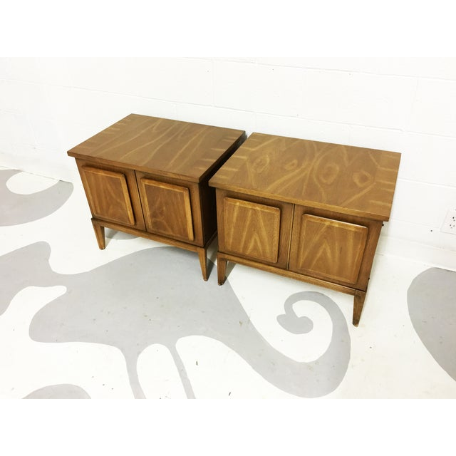 Broyhil Mid-Century Walnut End Tables - A Pair - Image 4 of 7