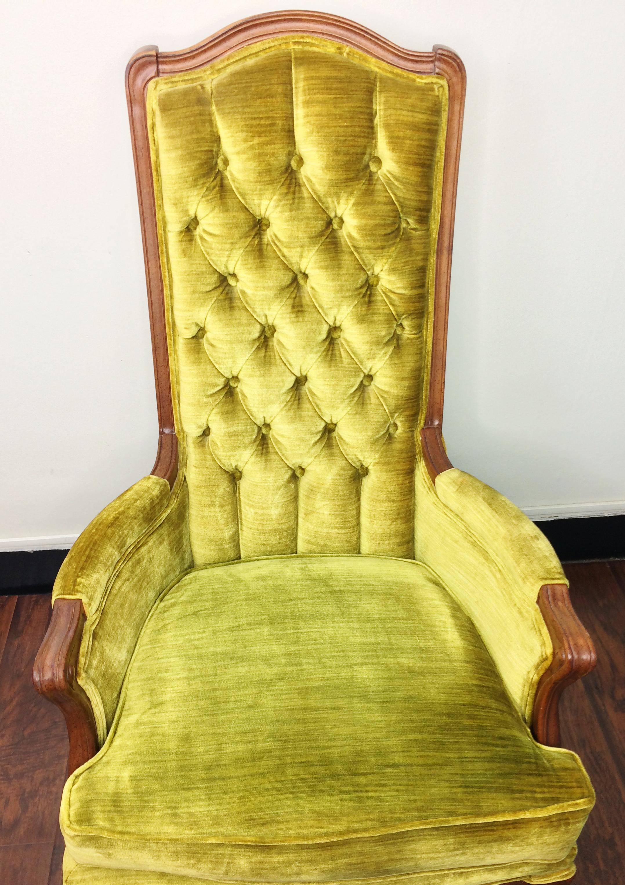 broyhill mid century green velvet tufted high back accent chair image 3 of 10