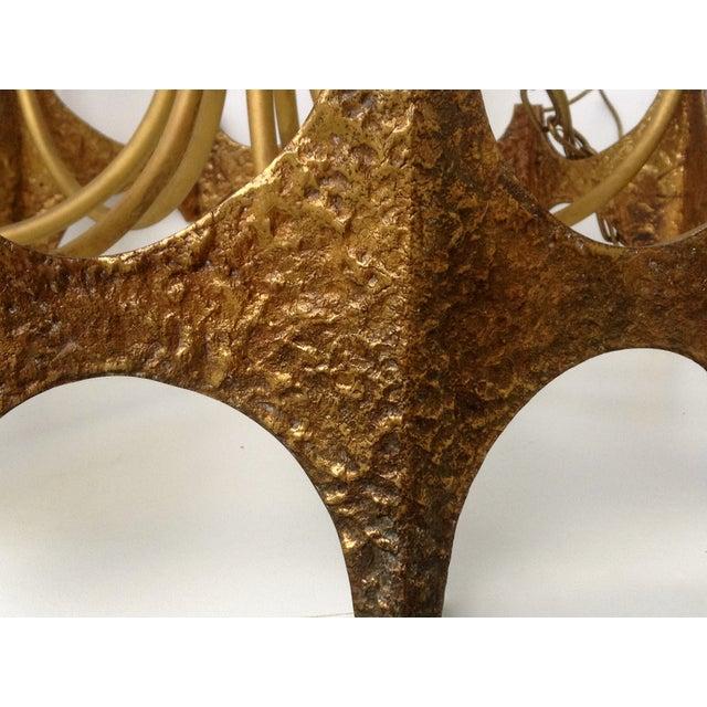 Sciolari Brass Hammered Brutalist Chandelier - Image 10 of 11