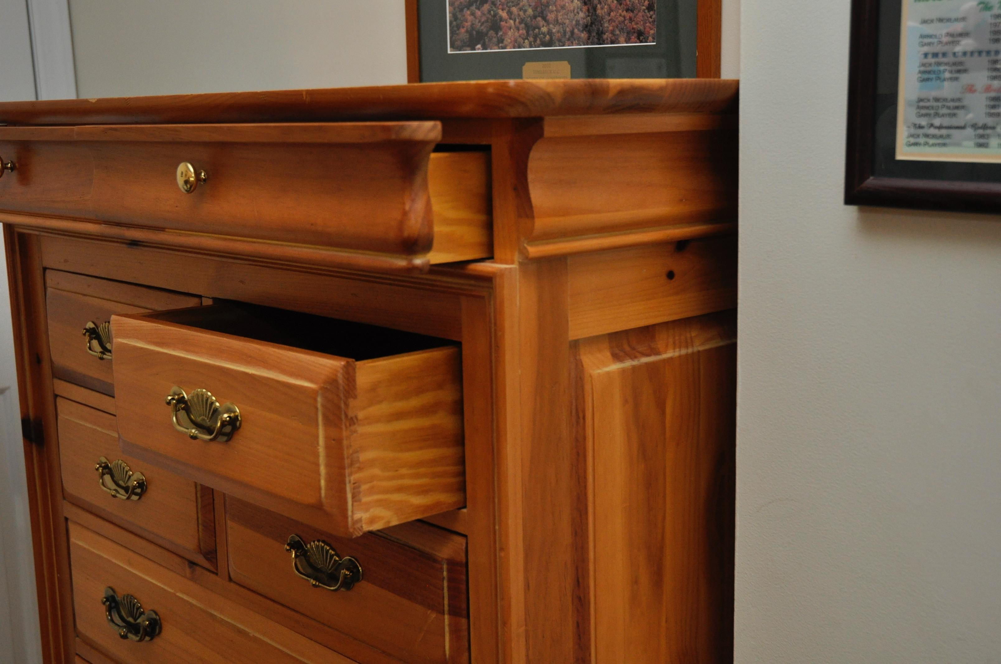 Link Taylor Lexington Furniture Tall Dresser   Image 4 Of 9