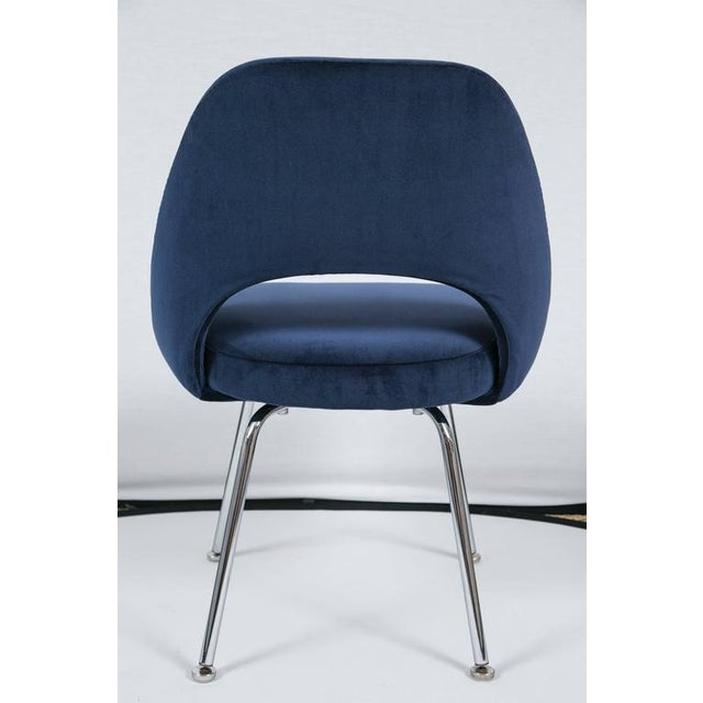 Saarinen Executive Armless Chairs in Navy Velvet, Set of Six - Image 7 of 7
