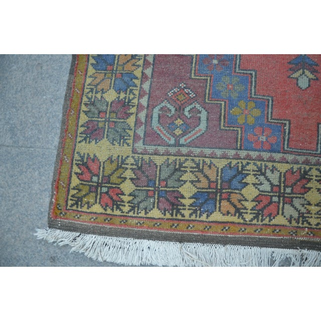 Turkish Handwoven Wool Rug - 4′7″ × 8′7″ - Image 6 of 6