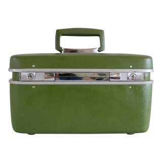 Vintage 1970s Olive Green Train Case
