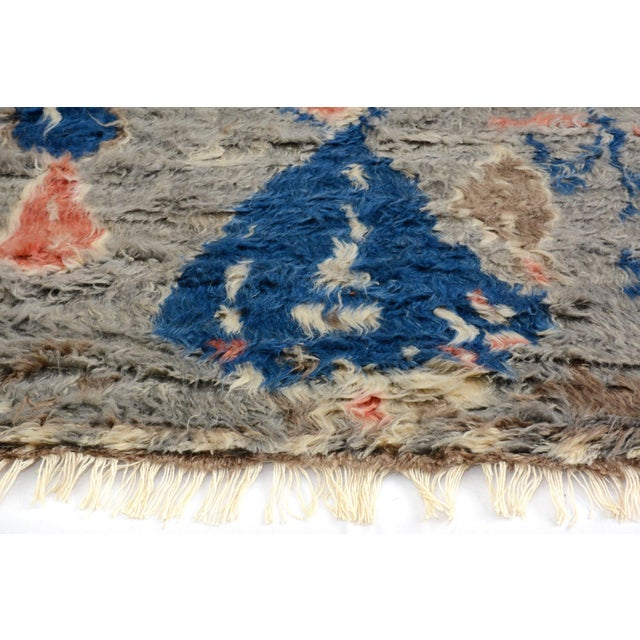 "Moroccan Arya Brendon Gray & Blue Wool Rug - 4'8"" x 6'9"" - Image 5 of 8"