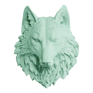 Wall Charmers Faux Taxidermy Mint Wolf Mount