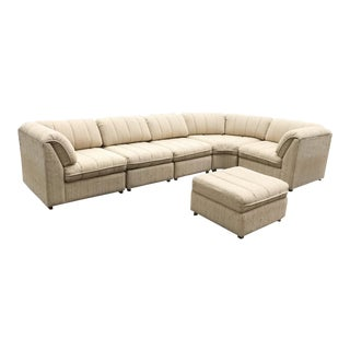 Vintage Bassett 6-Piece Curved Sectional Sofa