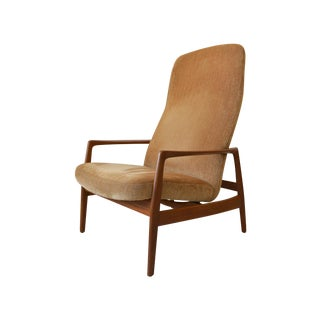 Dux Mid-Century Lounge Chair