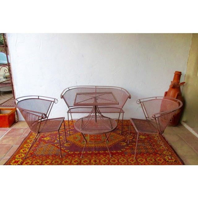 1950s Vintage Mid Century Wire Mesh Patio Round Table Furniture Chairish