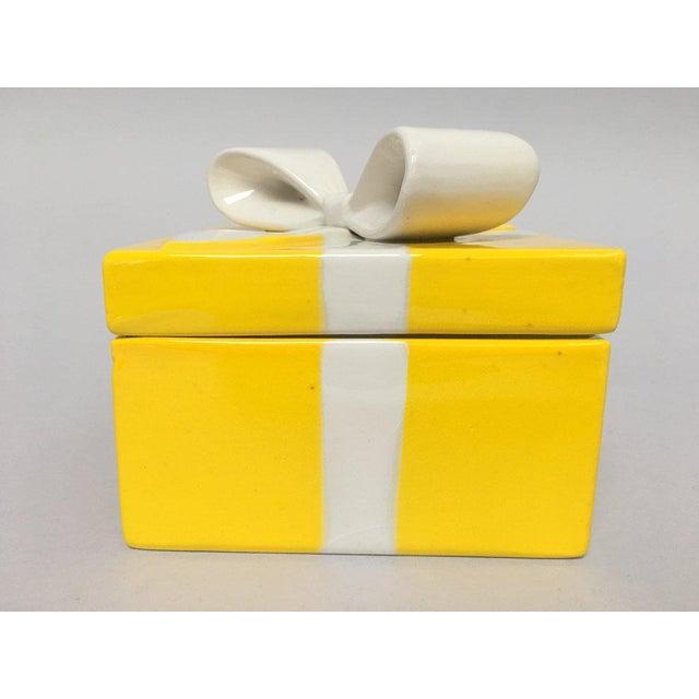 Mancioli Italy Yellow Porcelain Covered Gift Box - Image 3 of 11
