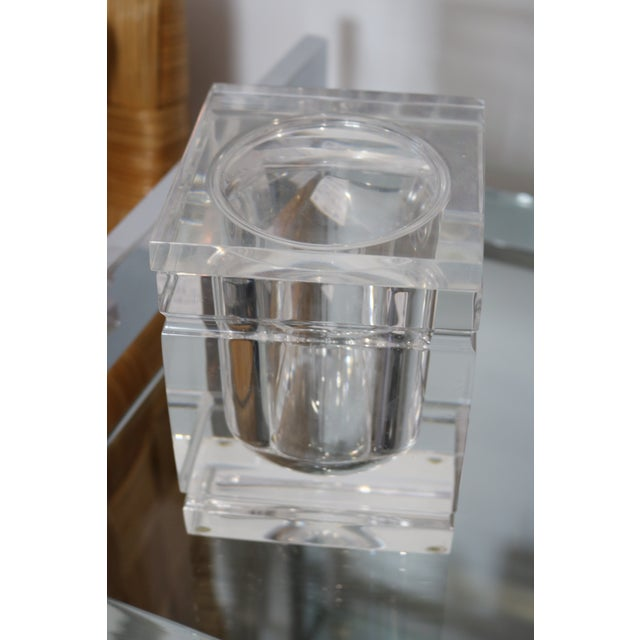 Lidded Lucite Ice Bucket - Image 9 of 9