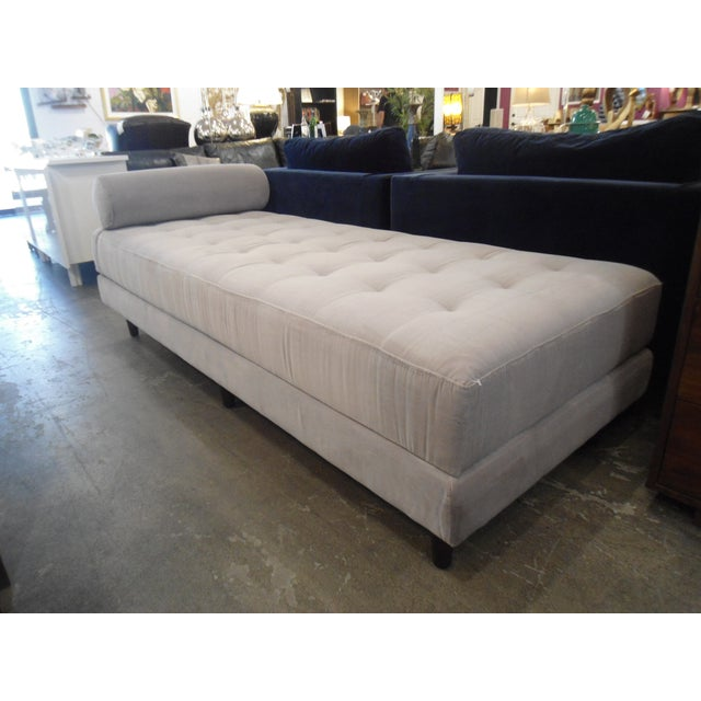 Intuition Light Gray Tufted Velvet Daybed - Image 3 of 7