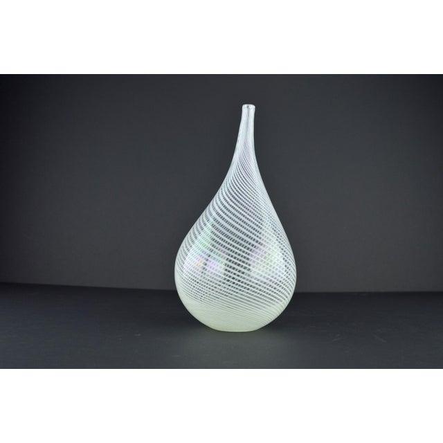 Modern White Spiral Hand Blown Art Glass Vase - Image 4 of 10