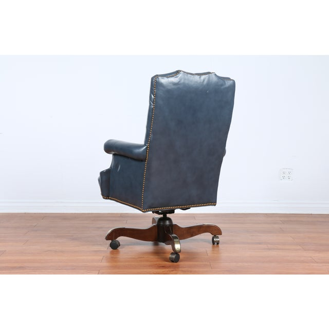 Image of Leather Executive Office Chair