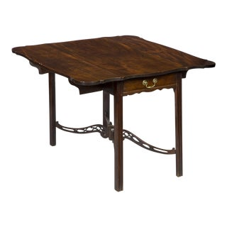 Mahogany Chippendale George II Pembroke Table with Porringer Top