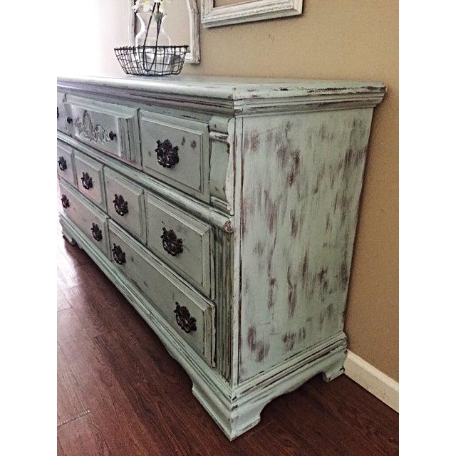 Vintage Distressed 7-Drawer Dresser - Image 4 of 10