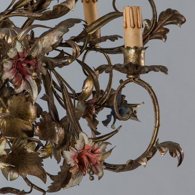 French Large All Tole Floral Chandelier - Image 11 of 11