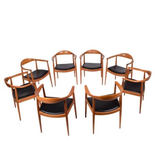 """Set of Eight Hans Wegner Classic """"Round"""" Chairs for JH"""