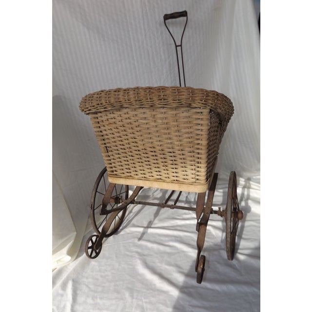 Antique Wicker Childs 2 Wheel Sulky Carriage - Image 5 of 8