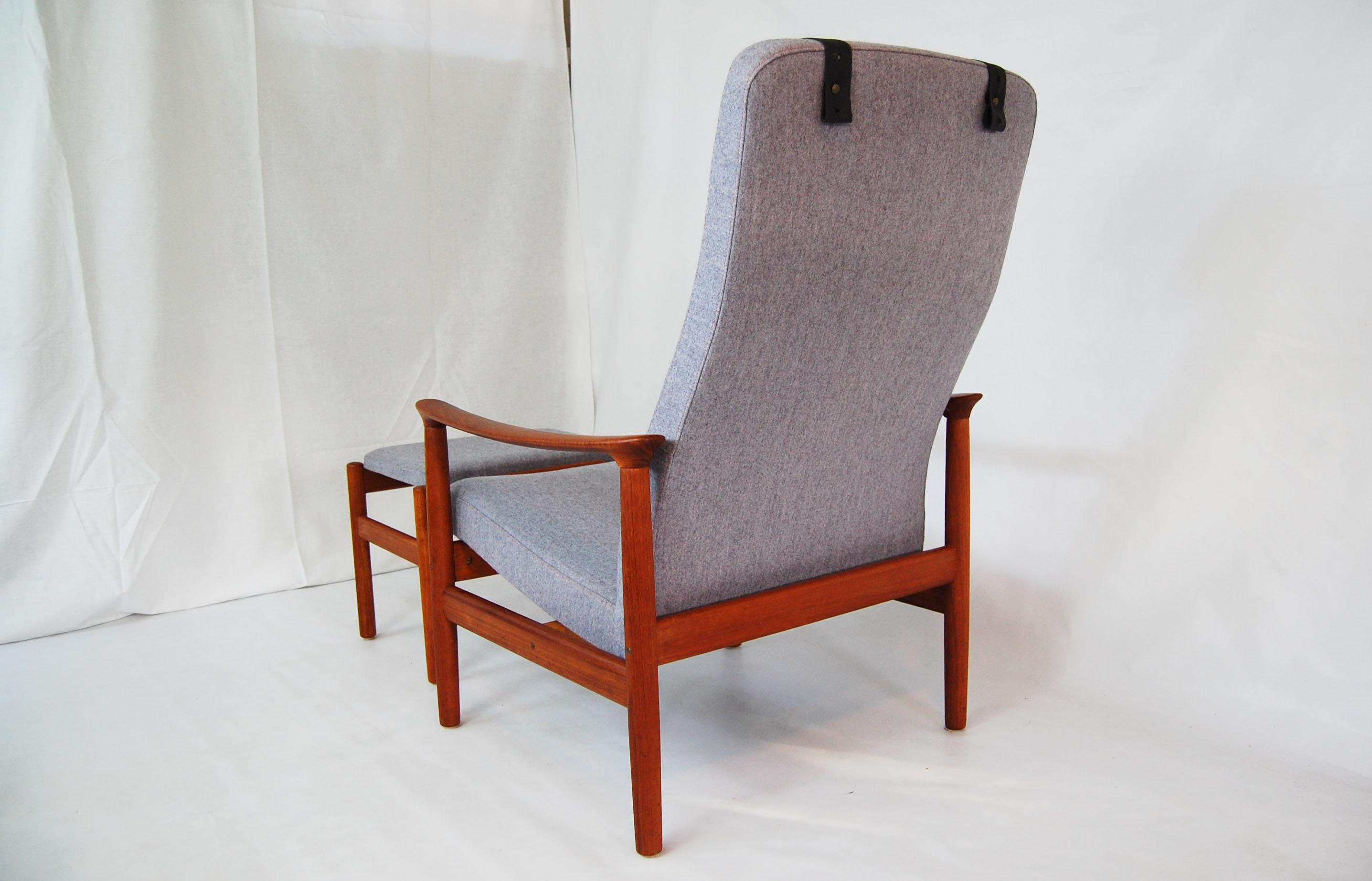 Scandinavian Teak Reclining Lounge Chair And Ottoman With Headrest   Image  5 Of 9