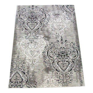 "Damask Gray & White Rug- 5'3"" x 7'7"""