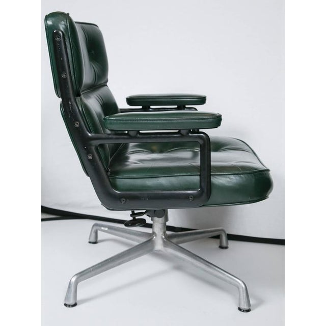 Eames Executive Lounge Chair by Herman Miller - Image 3 of 10