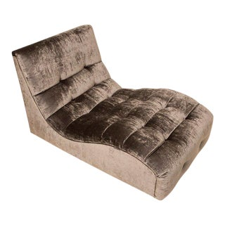 Mid-Century Tufted Velvet Chaise Longue