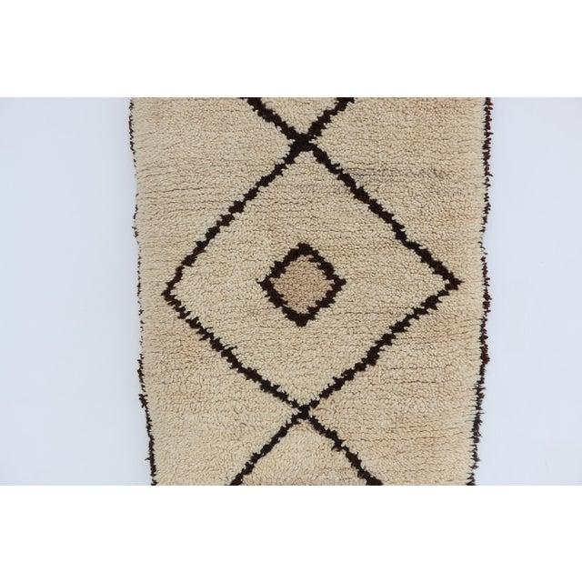 "Vintage Azilal Moroccan Berber Runner- 2'7"" x 6'7"" - Image 3 of 4"