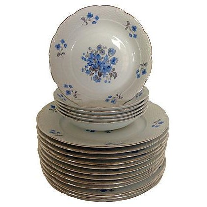 Vintage Blue & White Floral Bohemia China - 18 - Image 1 of 7