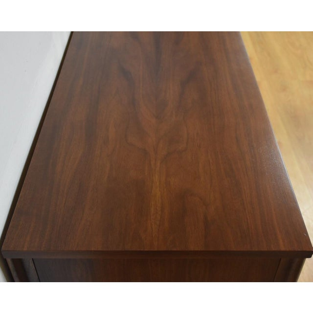 Kent Coffey Perspecta Walnut & Rosewood Dresser - Image 8 of 10