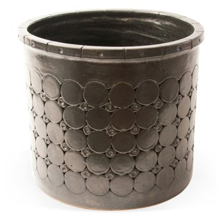Mid-Century-Modern Embossed Black Planter