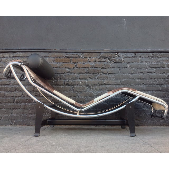charlotte perriand for le corbusier chaise lounge chairish. Black Bedroom Furniture Sets. Home Design Ideas