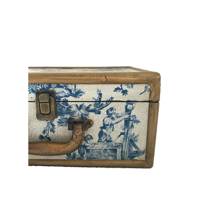 Antique Blue & White Toile Box - Image 8 of 9