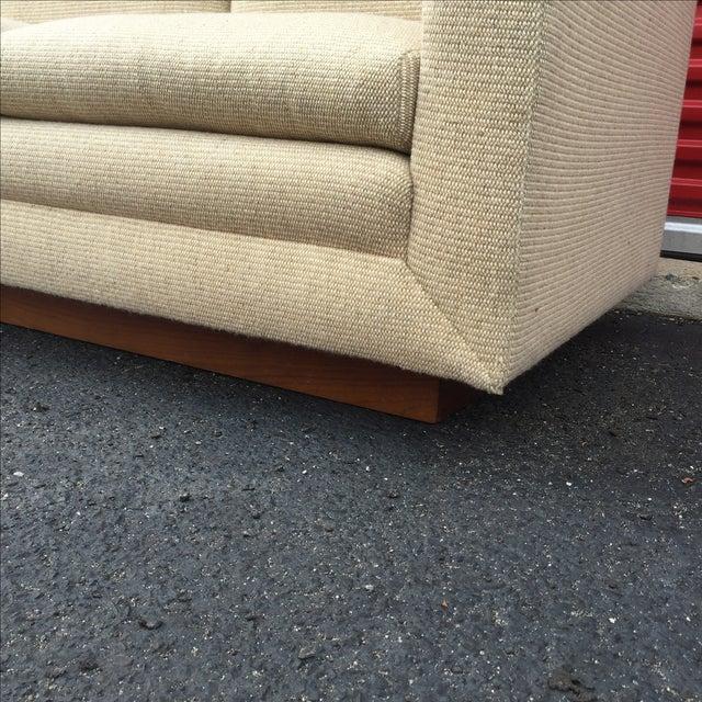 Mid Century Cream Sofa on Wood by Gunlocke Company - Image 4 of 10