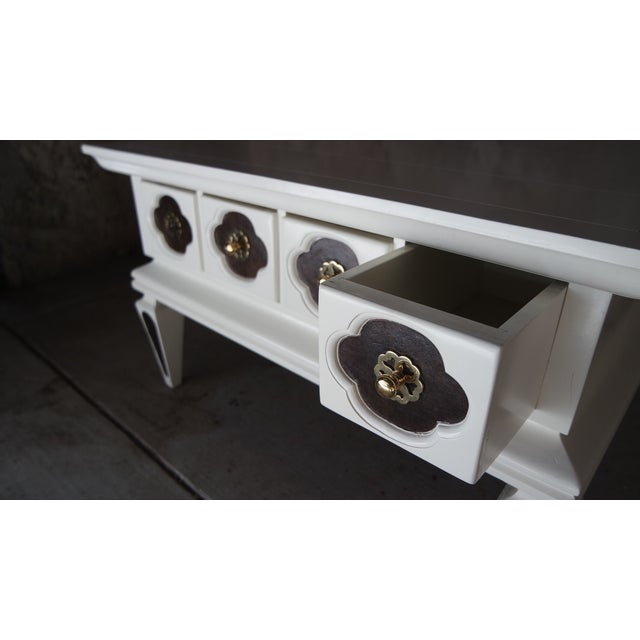 White Vintage Regency Coffee Table with Drawers - Image 5 of 10