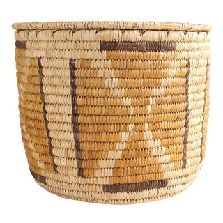 Vintage Native American Straw Lidded Basket