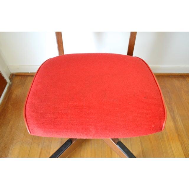 Gunlocke Red Swivel Desk Chair - Image 5 of 5