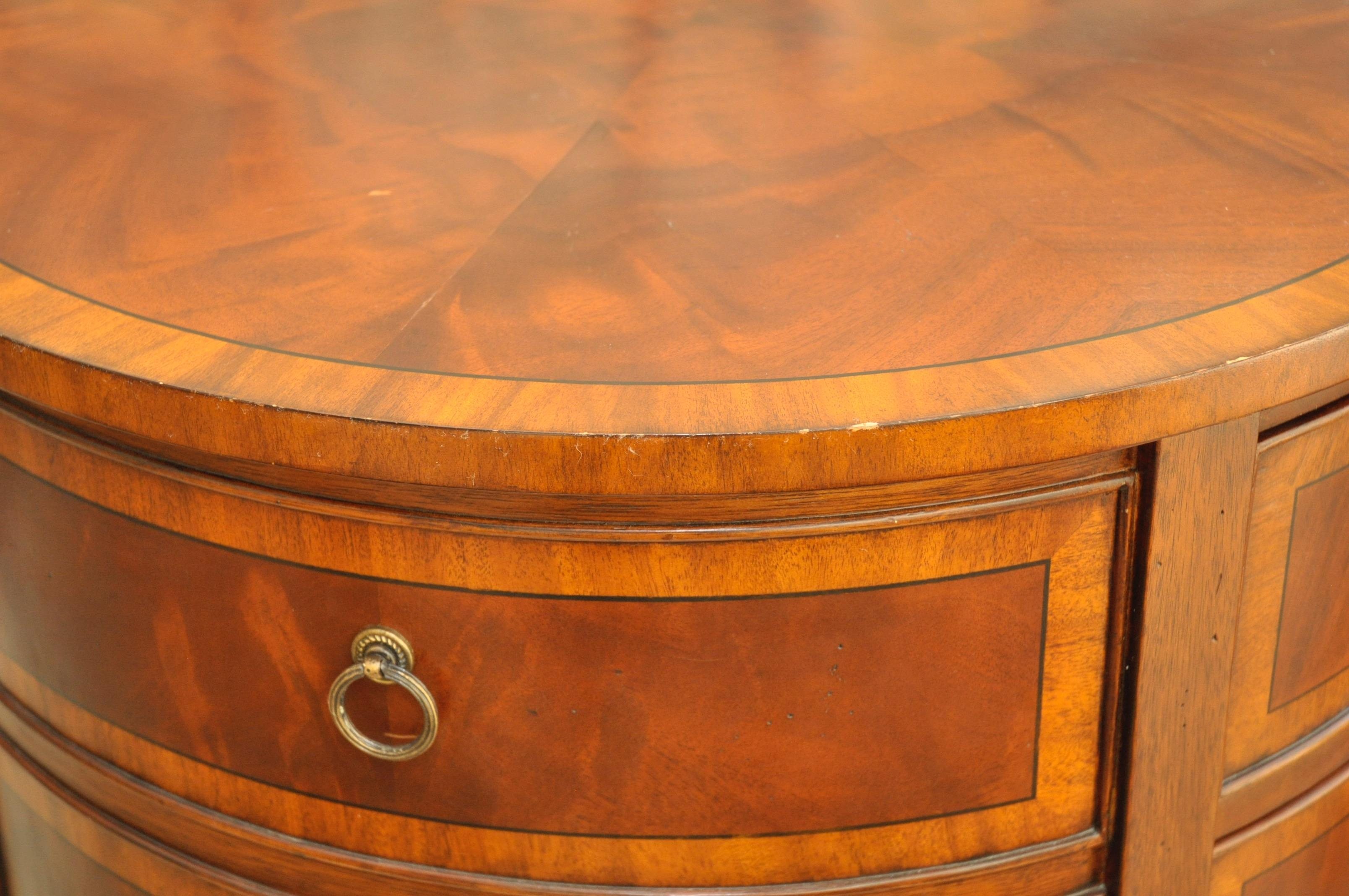 Ethan Allen Newport Collection Osborne Round End Table   Image 4 Of 8