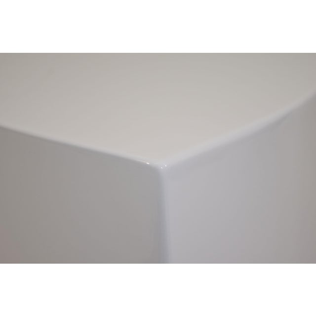 White Lacquer Teardrop Side Table, Karl Springer Style - Image 4 of 6